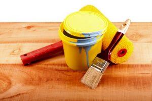 Инструменты для окраски деревянного пола
