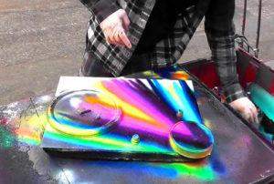 Акриловые аэрозольные краски когда стоит ими пользоваться